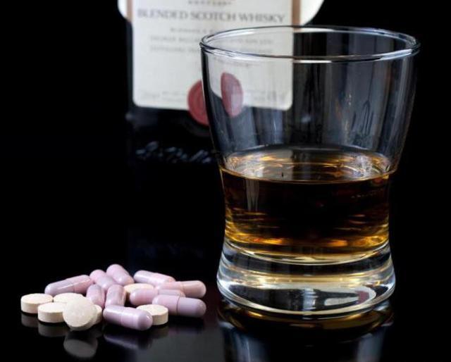 Омепразол и алкоголь: совместимость, через сколько можно, последствия