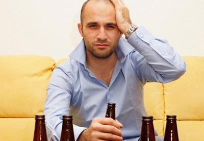 Болит голова после алкоголя: что делать, после пьянки