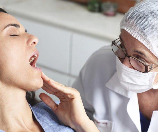 Рак губы от курения: злокачественная опухоль, стадии, лечение