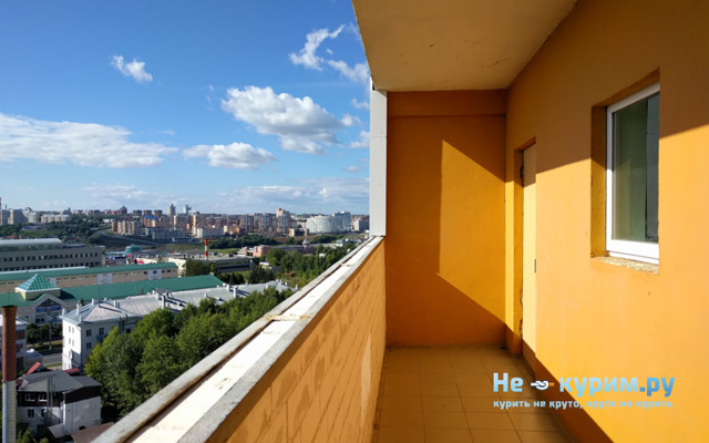 Курение на балконе: запрещено, в многоквартирном доме