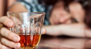 Лоратадин и алкоголь: совместимость, через сколько можно, последствия