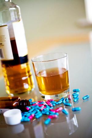Макмирор и алкоголь: совместимость, через сколько можно, последствия