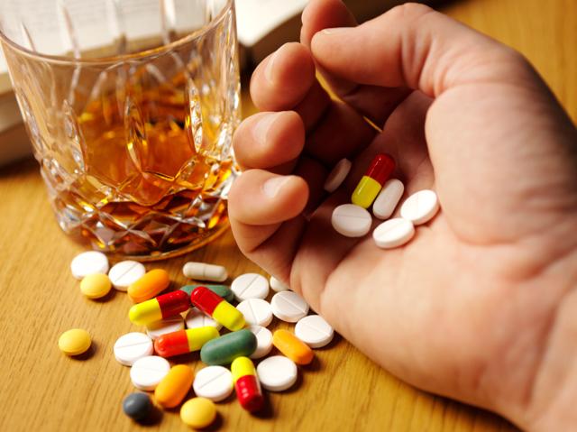 Тиберал и алкоголь: совместимость, через сколько можно, последствия