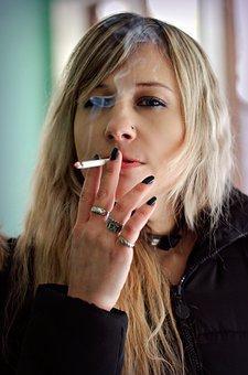 Вред курения для женщин: чем вредно, на женский организм, последствия