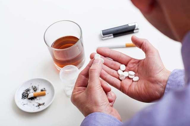 Финлепсин и алкоголь: совместимость, через сколько можно, последствия