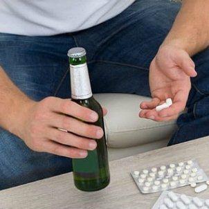 Дифлюкан и алкоголь: совместимость, через сколько можно, последствия