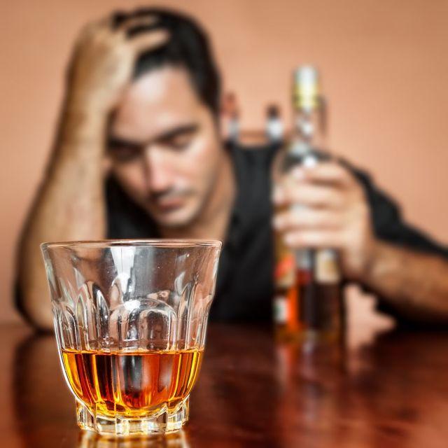 Тинидазол и алкоголь: совместимость, через сколько можно, последствия