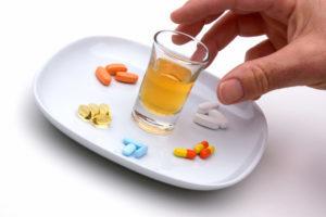 Энтерол и алкоголь: совместимость, через сколько можно, последствия