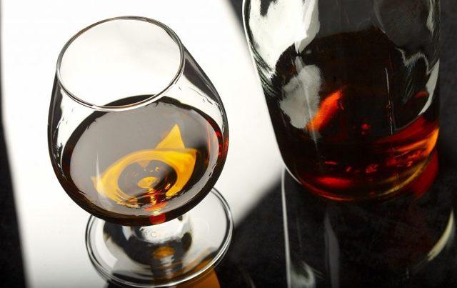 Клостилбегит и алкоголь: совместимость, через сколько можно, последствия