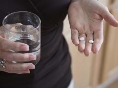Дюспаталин и алкоголь: совместимость, через сколько можно, последствия
