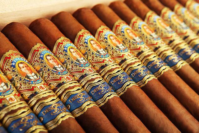 Самые дорогие сигары: в мире, ТОП, цена, сколько стоит