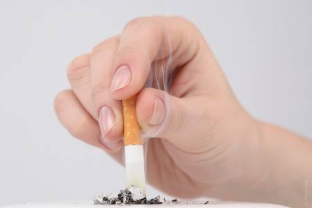Как бросить курить без таблеток: пластырей, в домашних условиях
