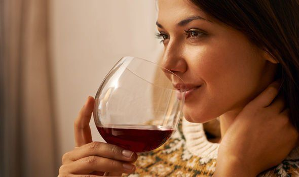 Прогинова и алкоголь: совместимость, через сколько можно, последствия