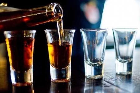 Мовалис и алкоголь: совместимость, через сколько можно, последствия