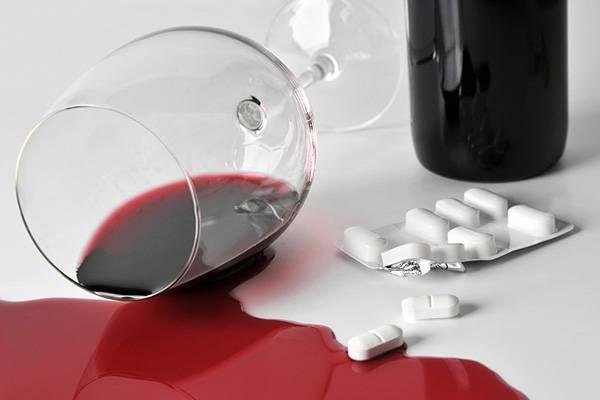 Немозол и алкоголь: совместимость, через сколько можно, последствия