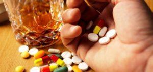Венарус и алкоголь: совместимость, через сколько можно, последствия